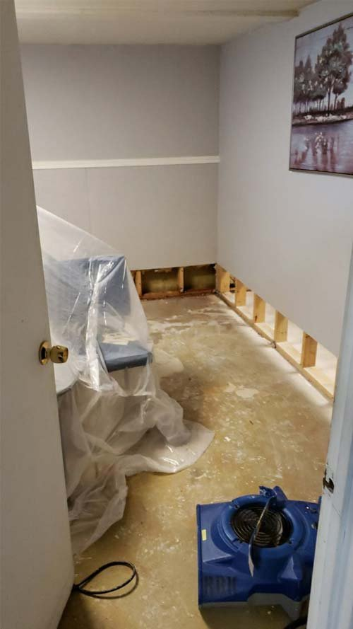 water damage cleanup in Maple Heights Ohio3